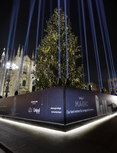 Christmas Tree in Piazza Duomo