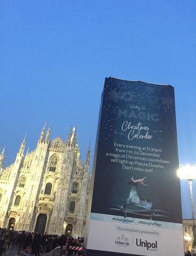 Waiting For Magic   Piazza Duomo Christmas Calendar